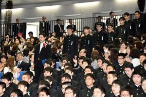 29.高校卒業式04