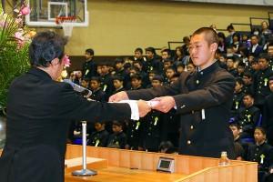 29.中学卒業式09
