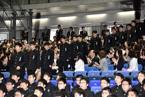 29.高校卒業式03