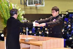 R01.高校卒業式12