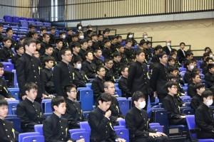 R01.中学卒業式06