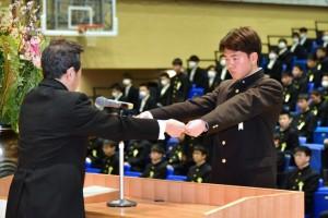 R01.中学卒業式14