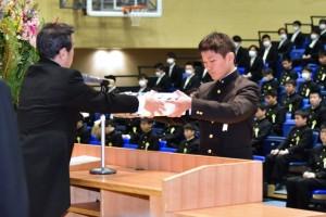 R01.中学卒業式15