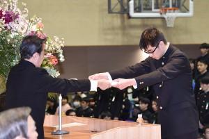 30.高校卒業式08