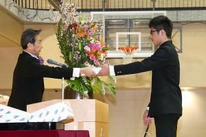 30.中学卒業式10