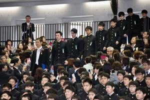 30.高校卒業式04