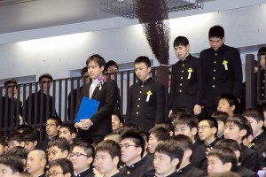 30.中学卒業式03