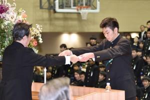 30.高校卒業式13