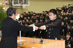 29.中学卒業式07
