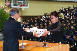 29.中学卒業式10