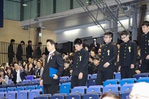 30.中学卒業式01