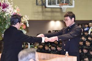 30.高校卒業式11
